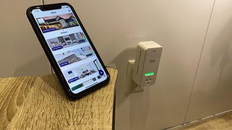 Connect each device via Bluetooth.